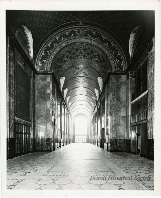 Interior of the Fisher Building, designed by Albert Kahn, 1940s - 2003.004.155b