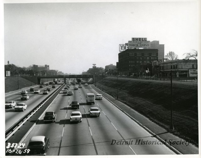 Photo displaying traffic on the John C. Lodge Freeway, 1958 - 2009.007.019