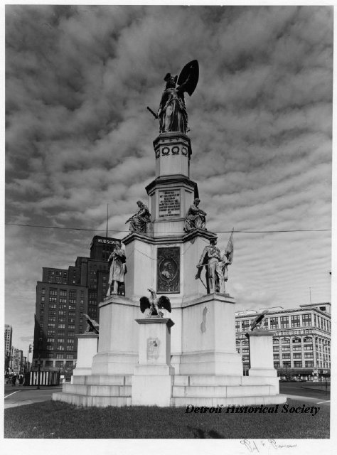 The Soldiers and Sailors Monument, 1973 - 2008.033.264