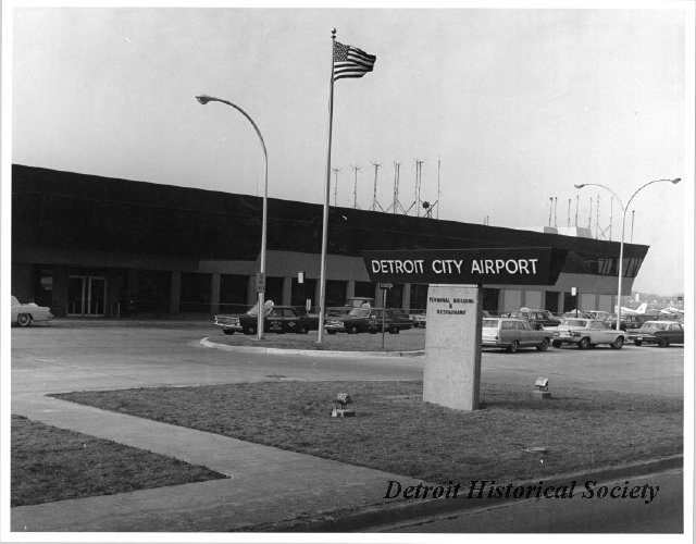 Detroit City Airport photograph, 1972