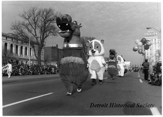 Thanksgiving Parade, 1973