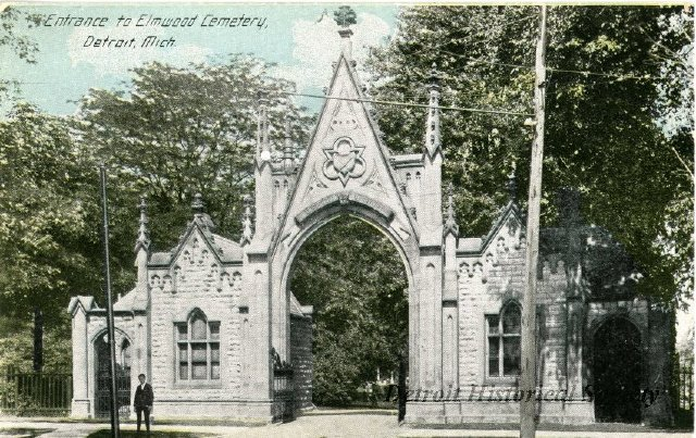 Entrance to Elmwood Cemetery, postcard, 1935