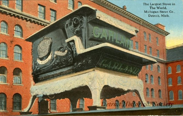 World's Largest Stove postcard, 1917