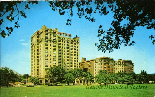 Postcard showing The Whittier from Henderson Park, 1950s - 2012.044.921