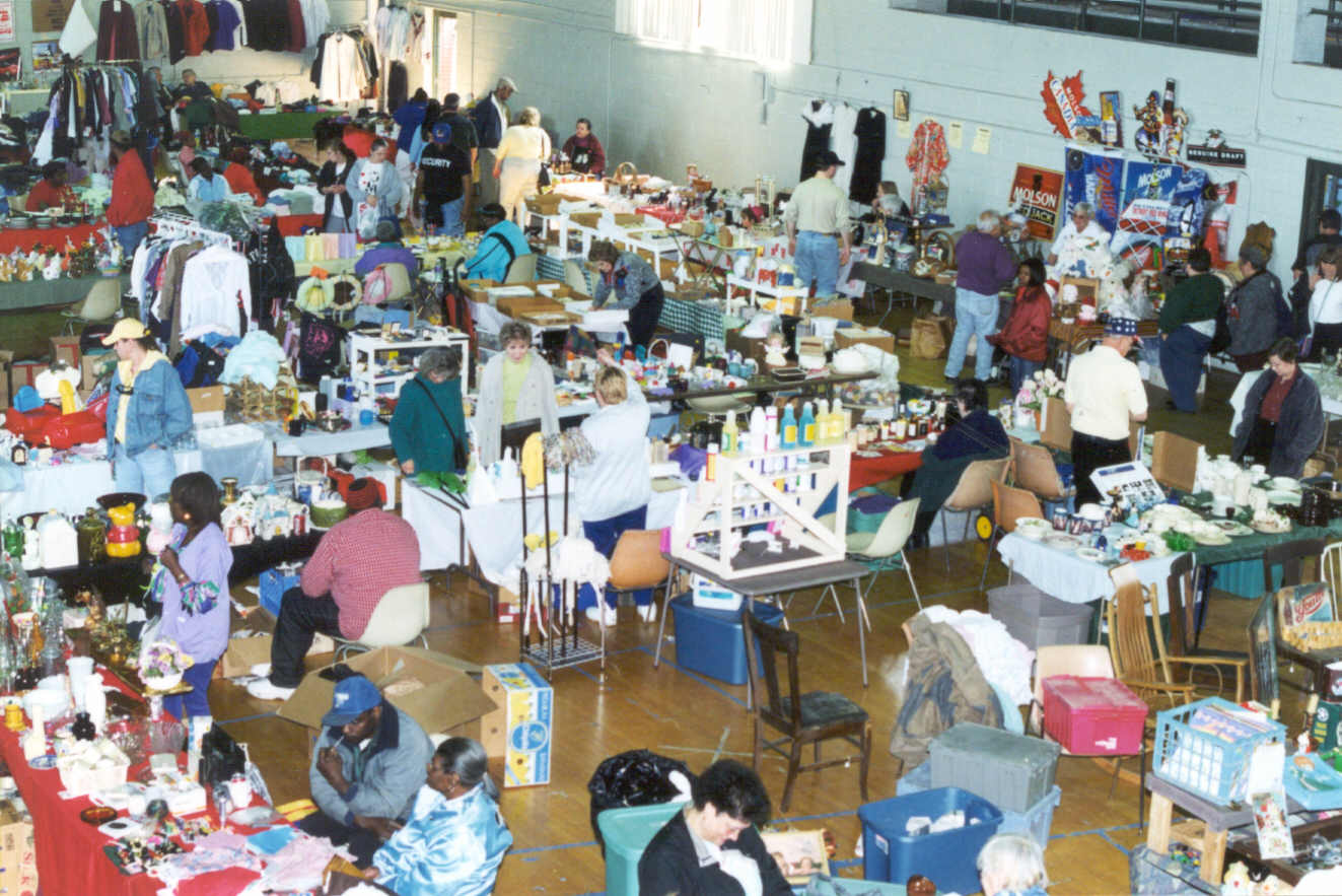 Contemporary Treasures And A Variety Of Arts Crafts At The 31st Annual Historic Fort Wayne Flea Market Taking Place Saay Sunday