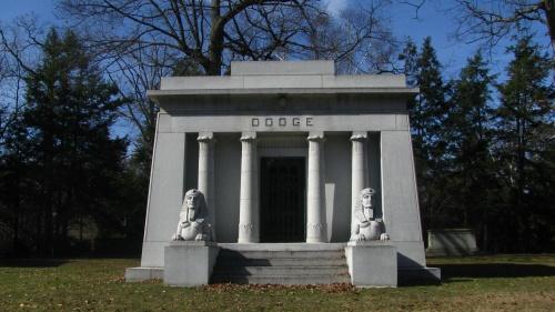 Detroit Cemetery Tours